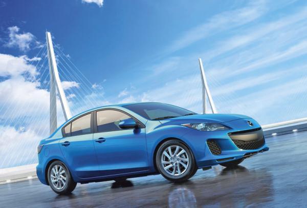 "Mazda выпустила три миллиона ""трешки"""
