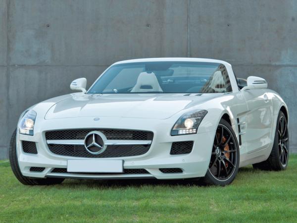 Mercedes-Benz SLS AMG Roadster: кабриолет в классическом стиле