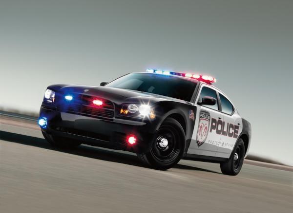 Компания Chrysler  отзывает полицейские машины