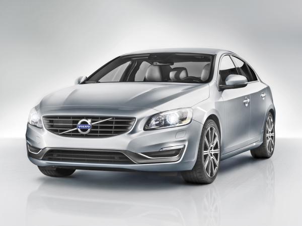 Volvo S60: легкое освежение