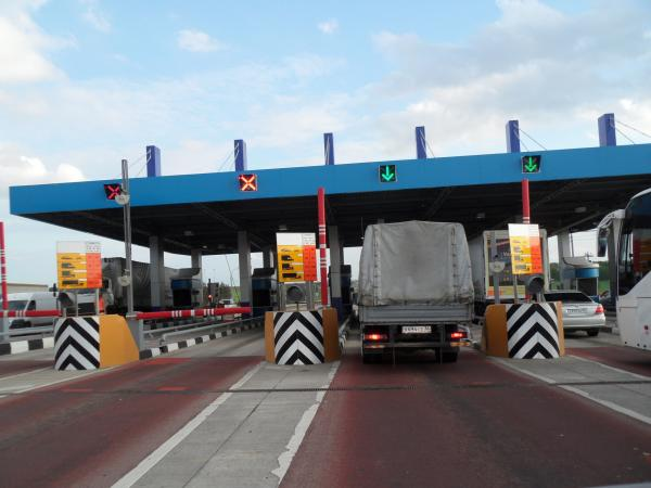 В правительстве одобрили строительство платных дорог