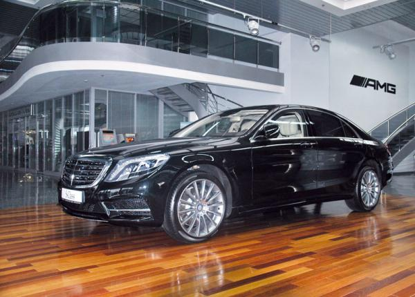 Столичное автошоу-2013:  Mercedes-Benz