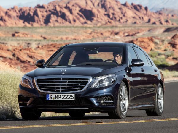 Mercedes-Benz S600 покажут в Детройте