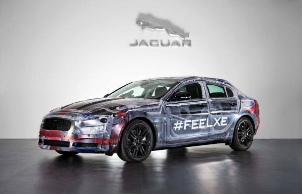 Первые изображения Jaguar XE