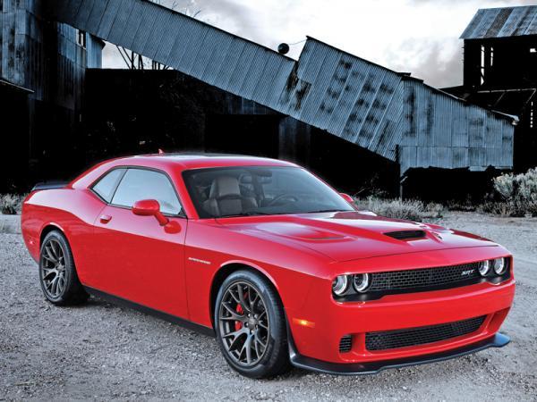Dodge Challenger SRT Hellcat: главное – мощь