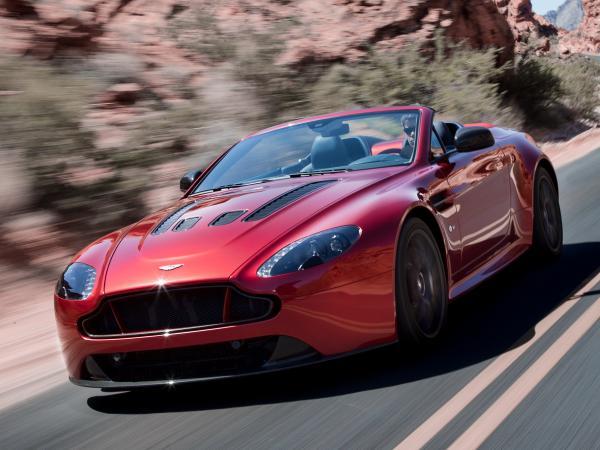 Самый быстрый кабриолет Aston Martin