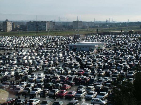 В июле выросли продажи легковых автомобилей