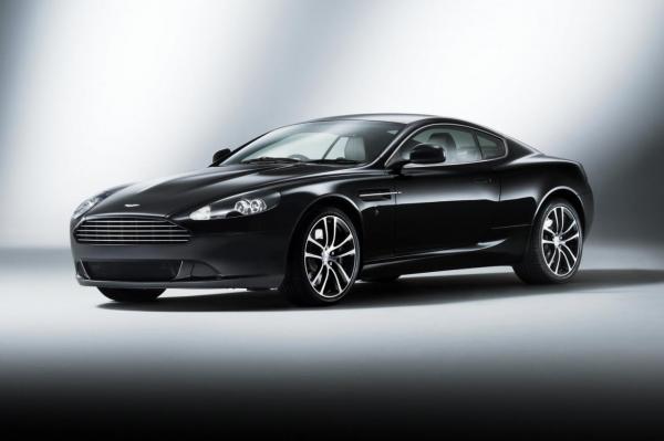 Aston Martin тестирует новый суперкар