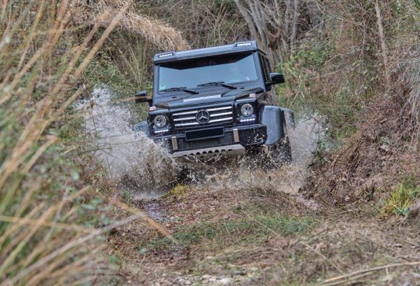 Mercedes-Benz G500 4X42: король бездорожья