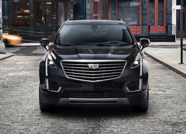 Cadillac XT5 покажут в Дубаи