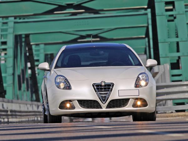 Alfa Romeo Giulietta, Ford Focus, Seat Leon: не практичностью единой