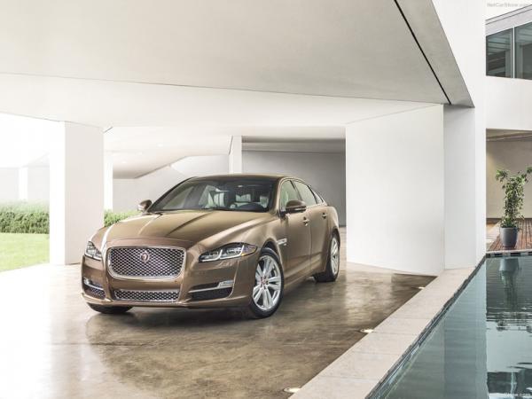 Jaguar XJ: британец, которому чужда консервативность