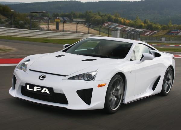 Lexus готовит новый LFA