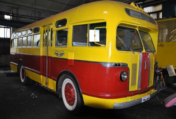 Вторая жизнь автобусов и трамваев – в музее