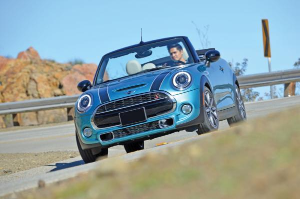 Mini Cabrio: смена поколений