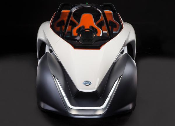 Nissan BladeGlider: смелое решение