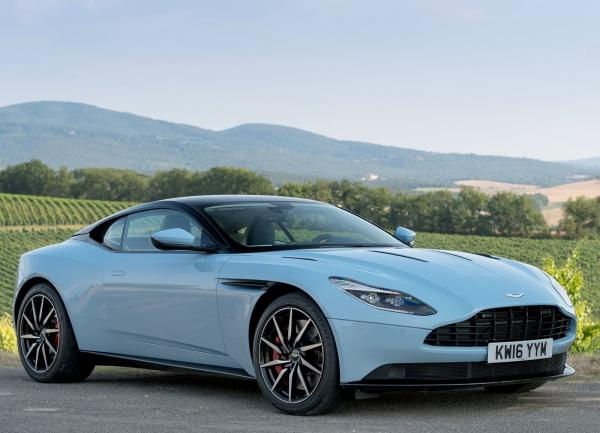 Aston Martin DB11 оснастят двигателем Mercedes-Benz