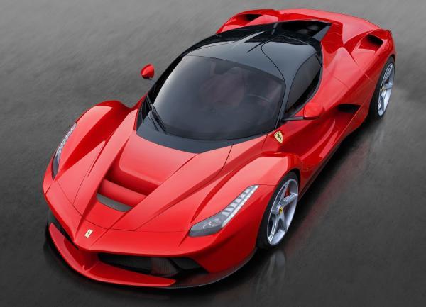 Новые Ferrari будут гибридами