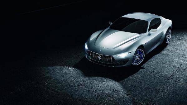 Первый электромобиль Maserati появится в 2020 году