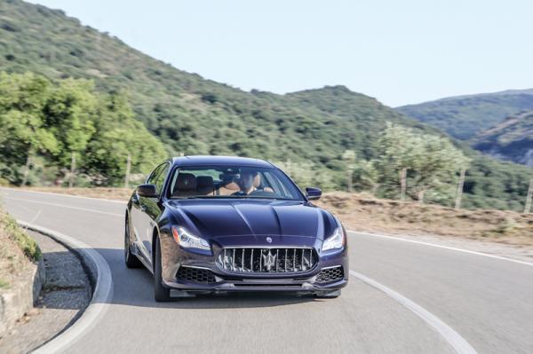 Maserati Quattroporte: скромные перемены