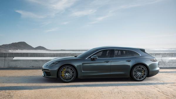 Первый универсал Porsche покажут в Женеве