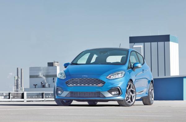 Ford Fiesta ST: нетипичный заряженный хетчбэк