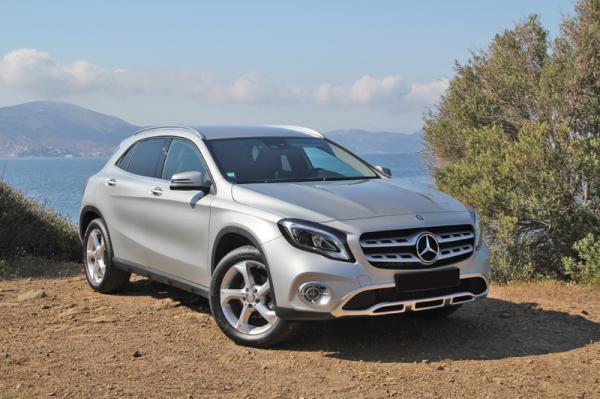 """Mercedes-Benz GLA: самый маленький в """"семье"""""""
