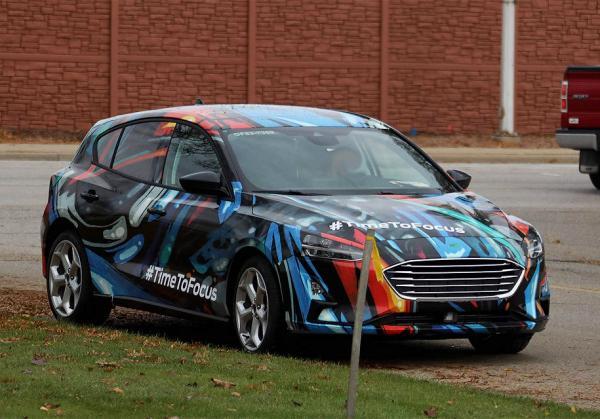 Первые фото Ford Focus нового поколения