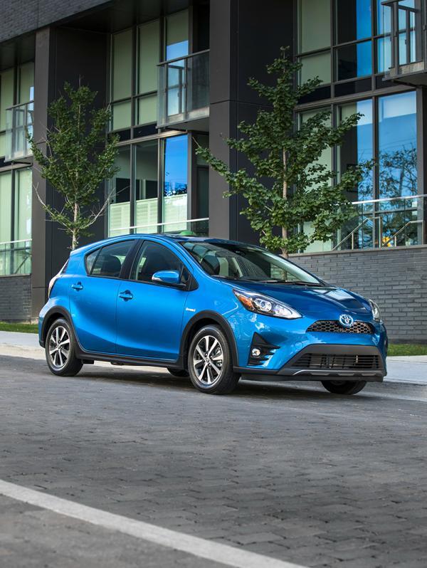 Toyota Prius C: обновление во вседорожном стиле