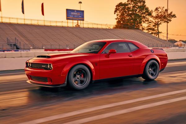 Dodge Challenger SRT Demon: дьявольская мощь