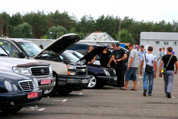 В Украине растет импорт подержанных автомобилей