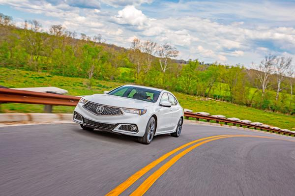 Acura TLX: новое лицо