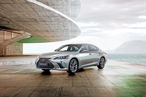 Lexus ES: с прицелом на Европу