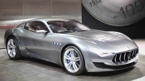 Maserati полностью обновит модельный ряд