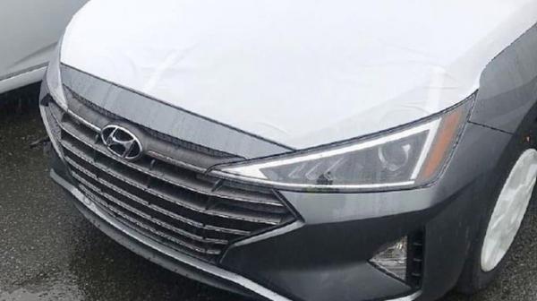 Первые фото обновленного Hyundai Elantra