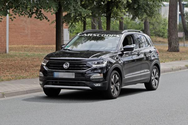 Компактный вседорожник Volkswagen засняли на тестах