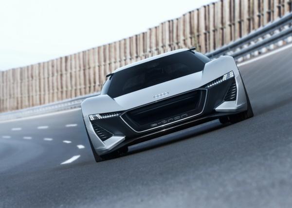 Audi PB18 e-tron: электрическая мощь