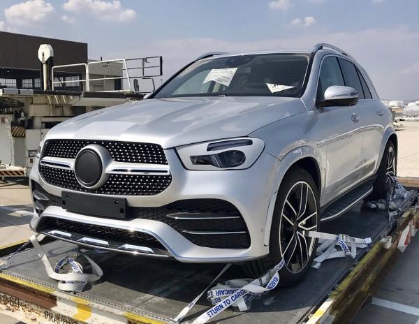 Новый Mercedes-Benz GLE засняли без камуфляжа