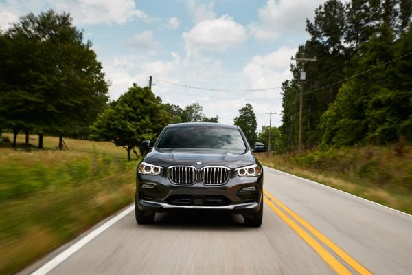 BMW X4, Jaguar F-Pace и Mercedes-Benz GLC Coupe: вседорожники в стиле купе