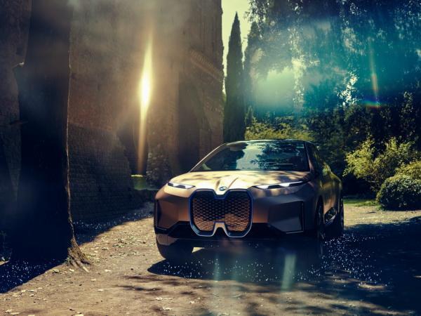 BMW Vision iNEXT: предвестник нового вседорожника
