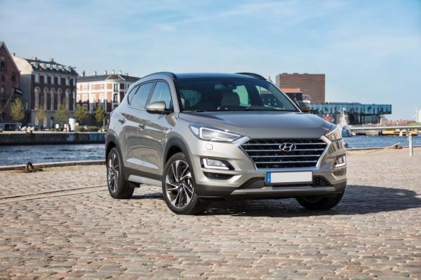 Hyundai Tucson, Mazda CX-5 и Nissan Qashqai: сравнение небольших вседорожников