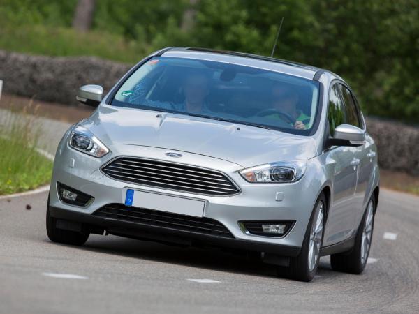 Ford Focus, Kia Ceed и Volkswagen Golf: новичок против завсегдатаев С-класса