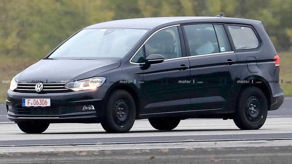 Volkswagen готовит новый мини-вэн