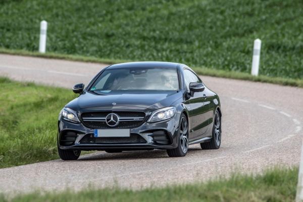 Mercedes-Benz C-Class Coupe: элегантный «спортсмен»