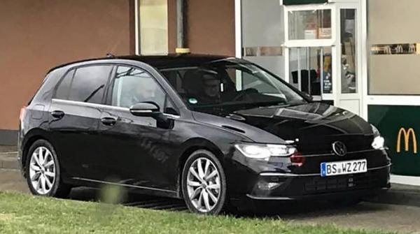 Первые фото нового Volkswagen Golf VIII