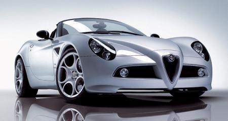 Alfa Romeo 8C Spider: дело купе продолжает спайдер