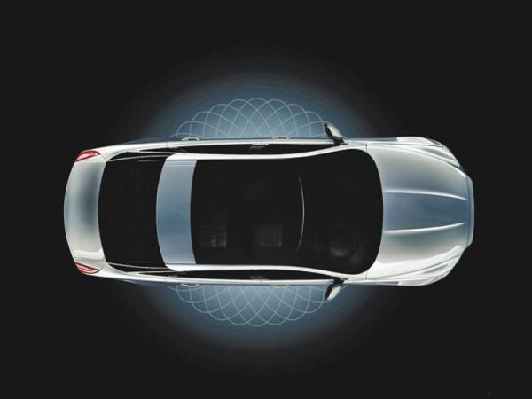 Jaguar XJ покажут 9 июля