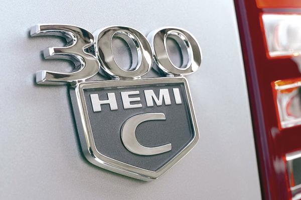 Американские моторы: легендарный HEMI…