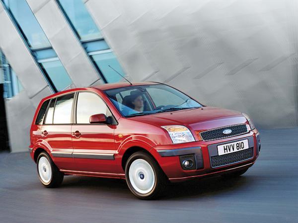 Ford Fusion переименуют в B-Max