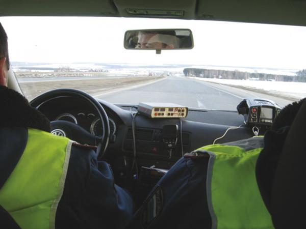 """ГАИ активизирует изымание у водителей документов """"неприкосновенности"""""""
